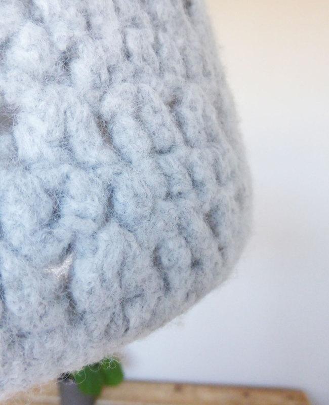 detail hanglamp van wol