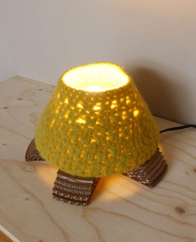 design tafellamp van vilt